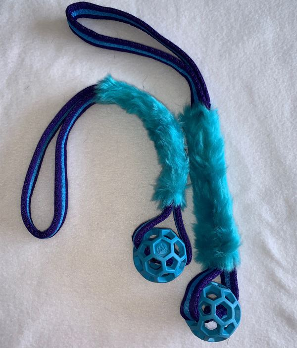 Blue Hol-ee Mini Roller 5cm Ball with Faux Fur